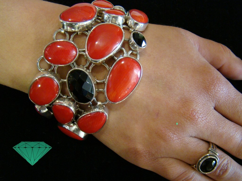 pulseira coral e onix High Quality Unique Handmade Jewellery Opalina Atelier Lagos Algarve Portugal